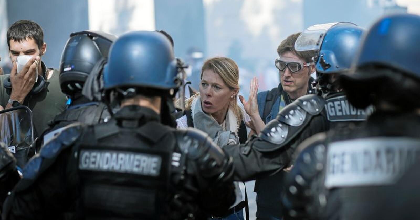 Over 100 ble pågrepet under demonstrasjoner i Paris lørdag. Foto: AP / NTB scanpix