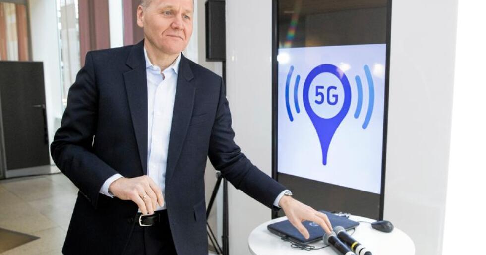 5G: Konsernsjef Sigve Brekke i Telenor demonstrerte i 2017 det første 5G-nettet i selskapets lokaler i 2017. Foto: Håkon Mosvold Larsen/NTB scanpix