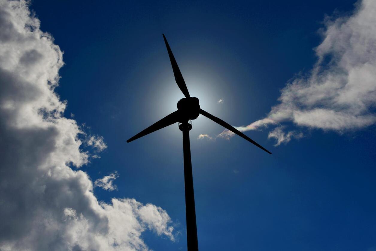 Hvis prosjektet blir gjennomført, kan turbinene gi strøm til nærmere 20.000 boliger. Illustrasjonsfoto: Frank May / NTB scanpix