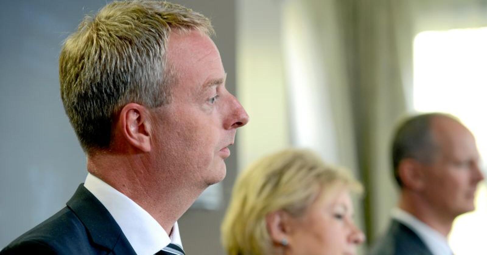 Terje Søviknes risikerer å miste plassen som ordfører, når kommunen Os slår seg sammen med Fusa og blir til Bjørnafjorden. Foto: Mariann Tvete