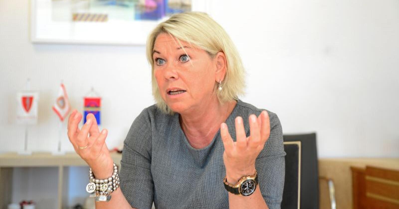 Kommunal- og moderniseringsminister Monica Mæland mener staten ikke skal utvides, men effektiviseres. Foto: Siri Juell Rasmussen