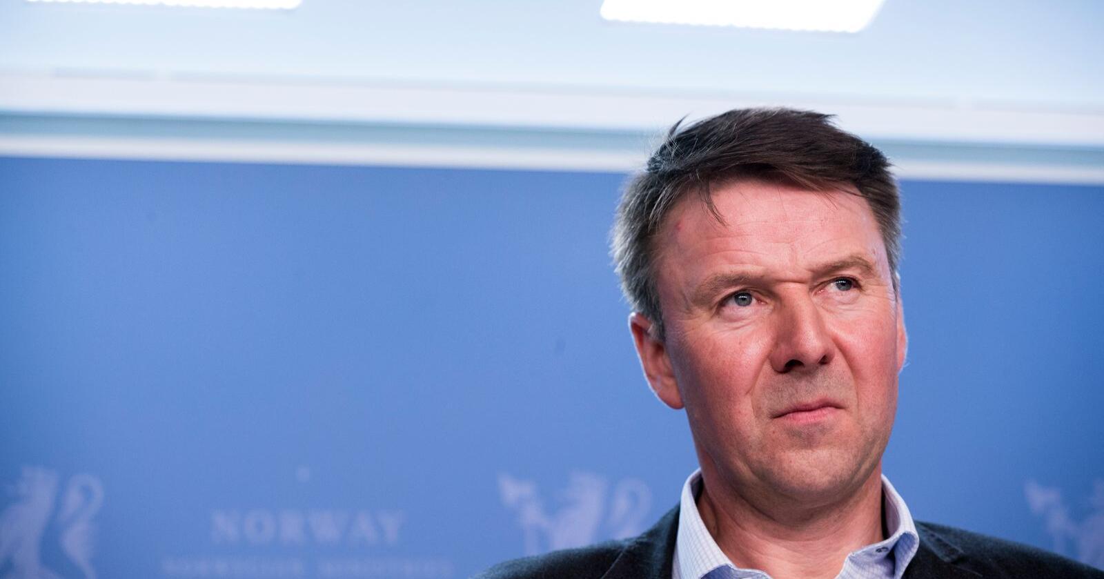 Lars Petter Bartnes, leder i Norges Bondelag, frykter at regjeringen vil ofre norsk landbruk for å sikre bedre markedsadgang for sjømat i Storbritannia. Foto: Terje Pedersen / NTB