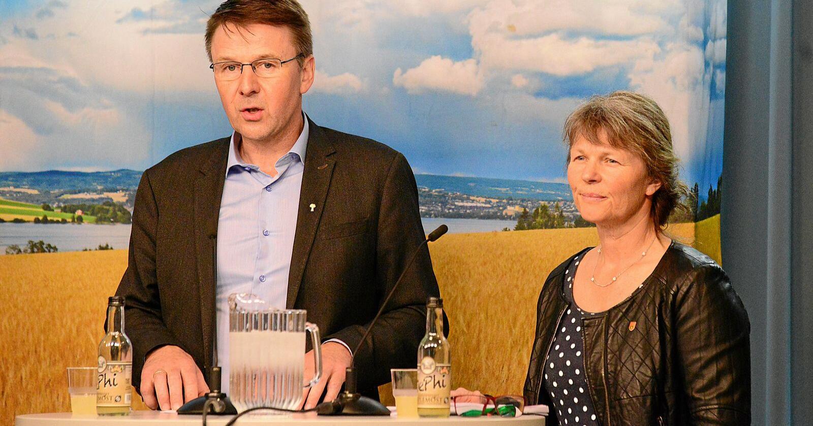 Det er klokt å ha en nøktern og føre var-basert tilnærming til bruk av genredigering i landbruket, skriver Lars Petter Bartnes og Kjersti Hoff. Foto: Siri Juell Rasmussen