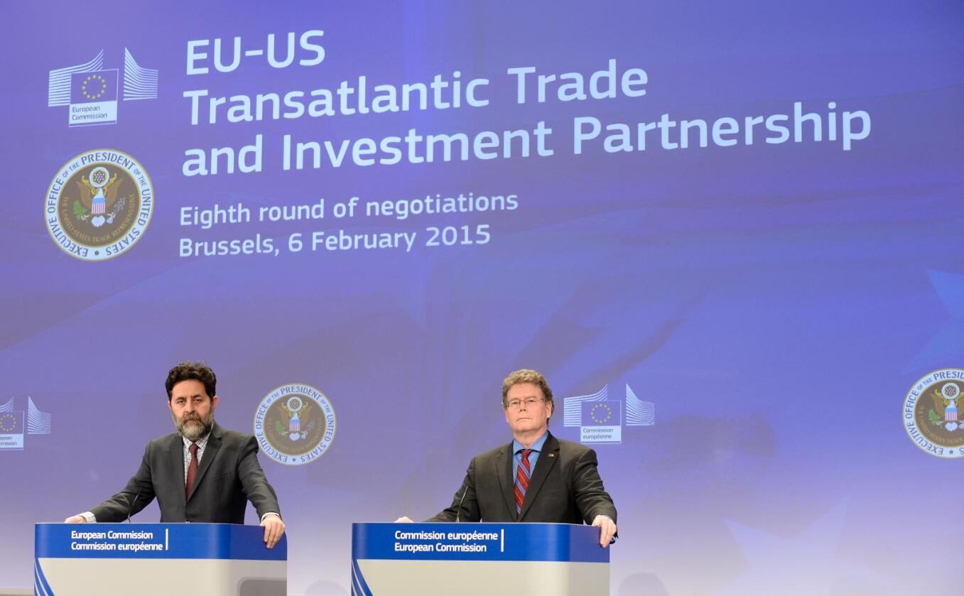 Omfattende avtale: EUs forhandlingsleder Ignacio Garcia Bercero og hans amerikanske kollega Dan Mullaney under den åttende forhandlingsrunden TTIP-avtalen i Brussel forrige måned. Foto: EU/Shimera/Jennifer Jacquemart