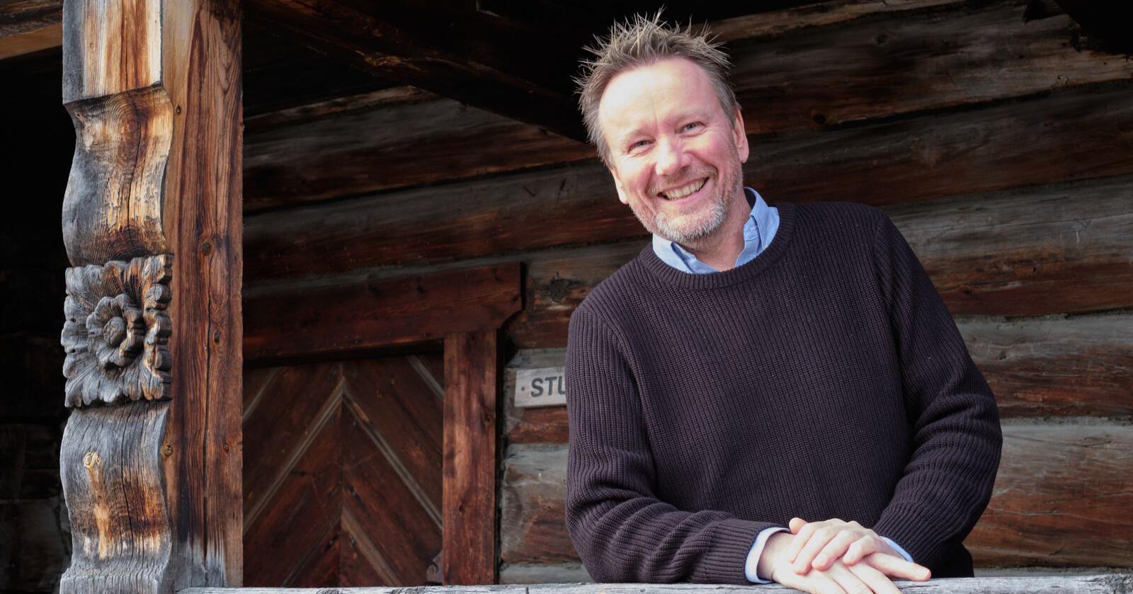 På meir enn ein måte er det «butikk» for storsamfunnet å drive kulturminnevern, meiner Erik Lillebråten, direktør i stiftelsen Norsk Kulturarv. Foto: Knut Kvingan