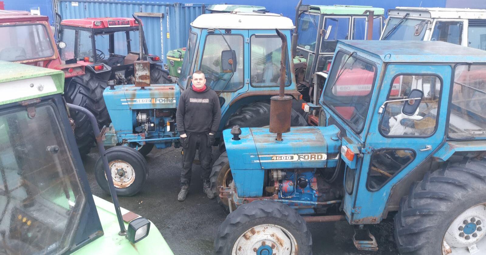 Bjørn Magne Sivertsen er ansvarlig for salg av landbruksutstyr i familiebedriften Ålgård Bruktbil. (Foto: Privat)