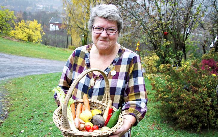 – Matkasting dreier seg ikke bare om privat- og samfunnsøkonomi, men også om manglende respekt for matprodusentene, sier lokallagsleder Trine Sjøvoll i Bærum Bygdekvinnelag. (Foto: Stein Halvorsen/Bærumsavisen)