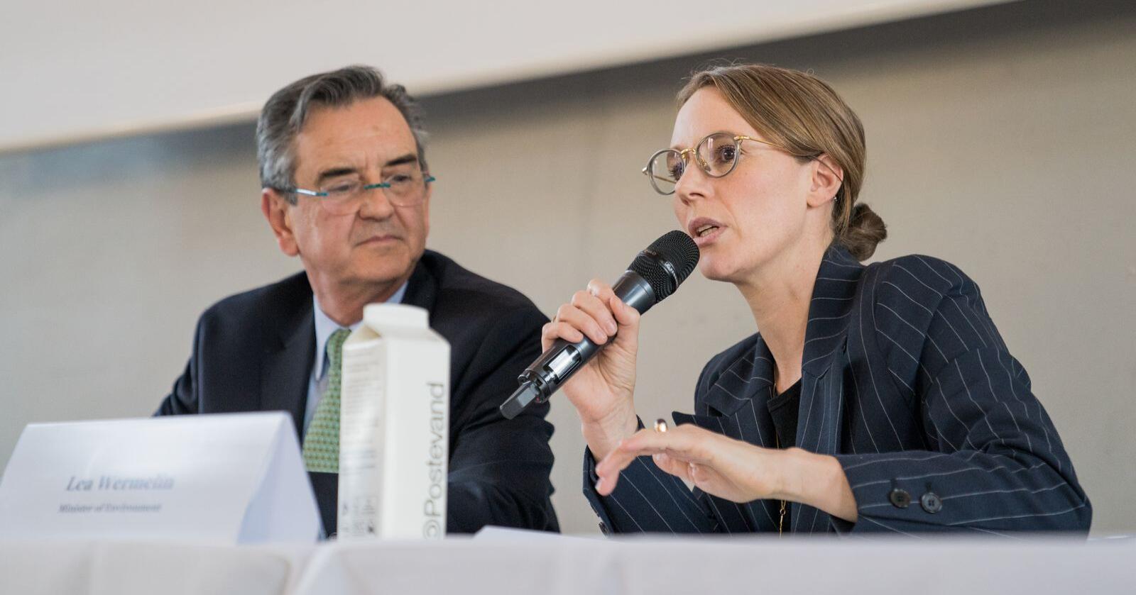 Danmarks miljøminister Lea Wermelin vil gjeninnføre og utvide forbud mot sprøyting, gjødsling og pløying å beskyttede naturarealer. Foto: Miljø- og fødevareministeriet