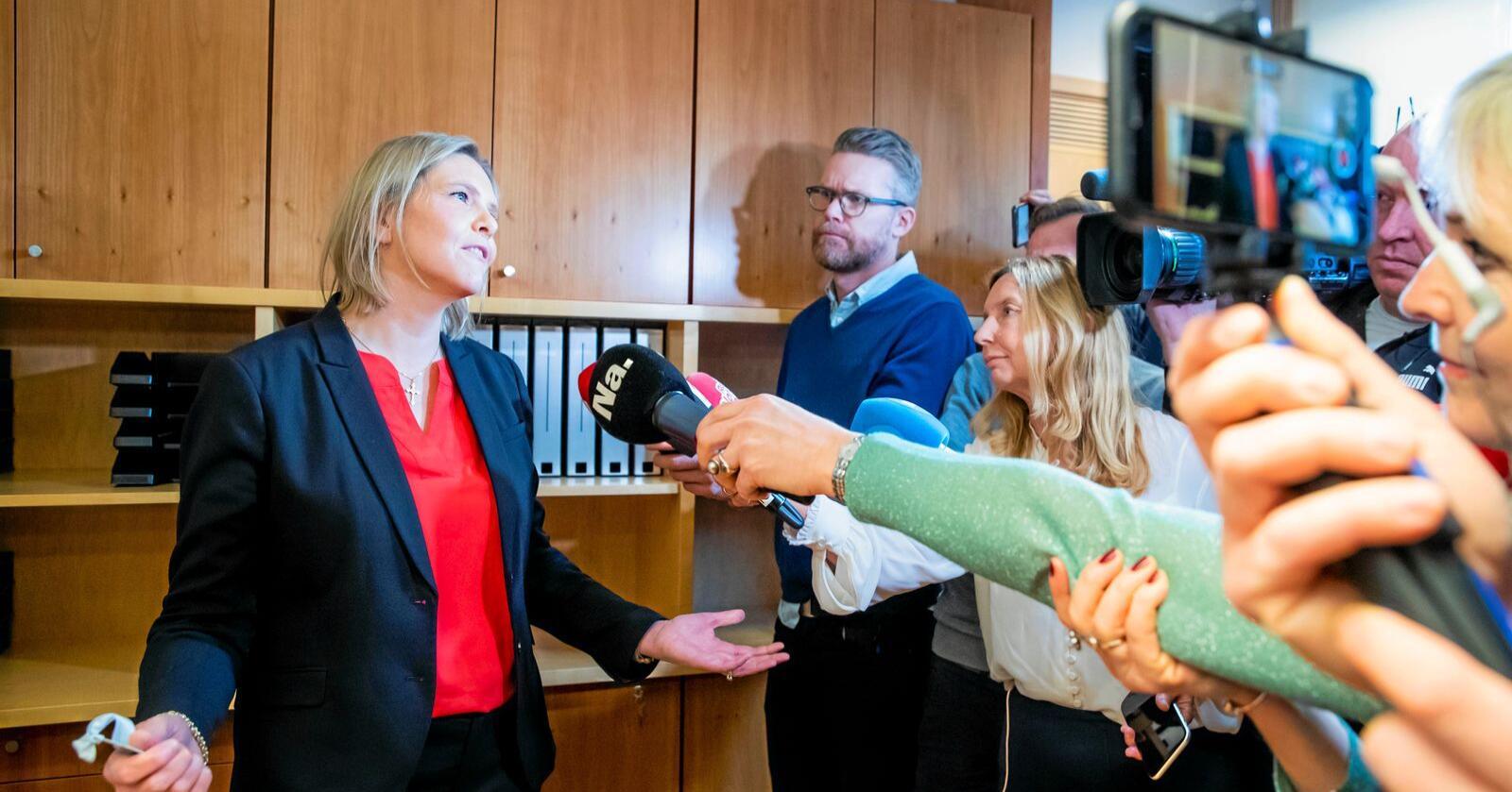 Før: Her tar Sylvi Listhaug over som olje- og energiminister. Nå er synet på EØS tilsynelatende endret. Foto: Håkon Mosvold Larsen / NTB scanpix