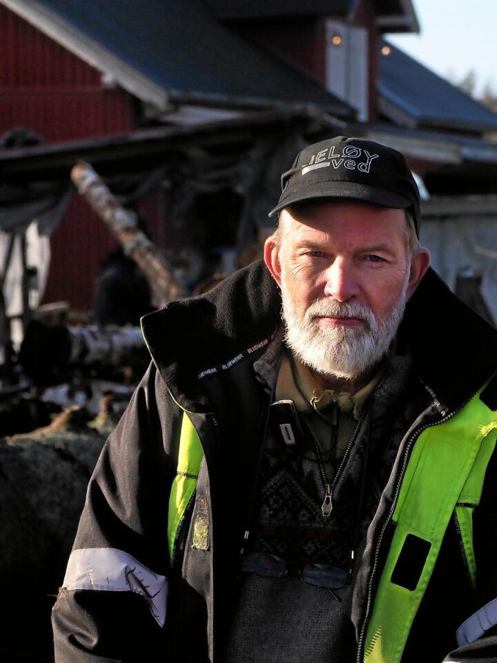 Bonde Einar Kristen Aas er bekymret for våronna til neste år. Foto: Siri Juell Rasmussen.