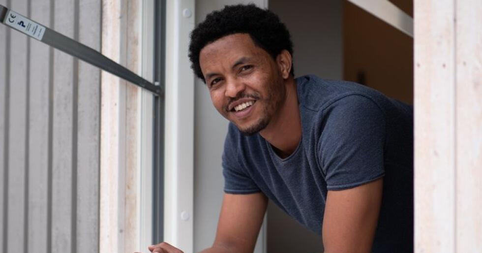 Ny bolig: Solomon Abebe fra Sirdal kjøpte ferdighus som sin første bolig. Foto: Chris Wilhelmsen