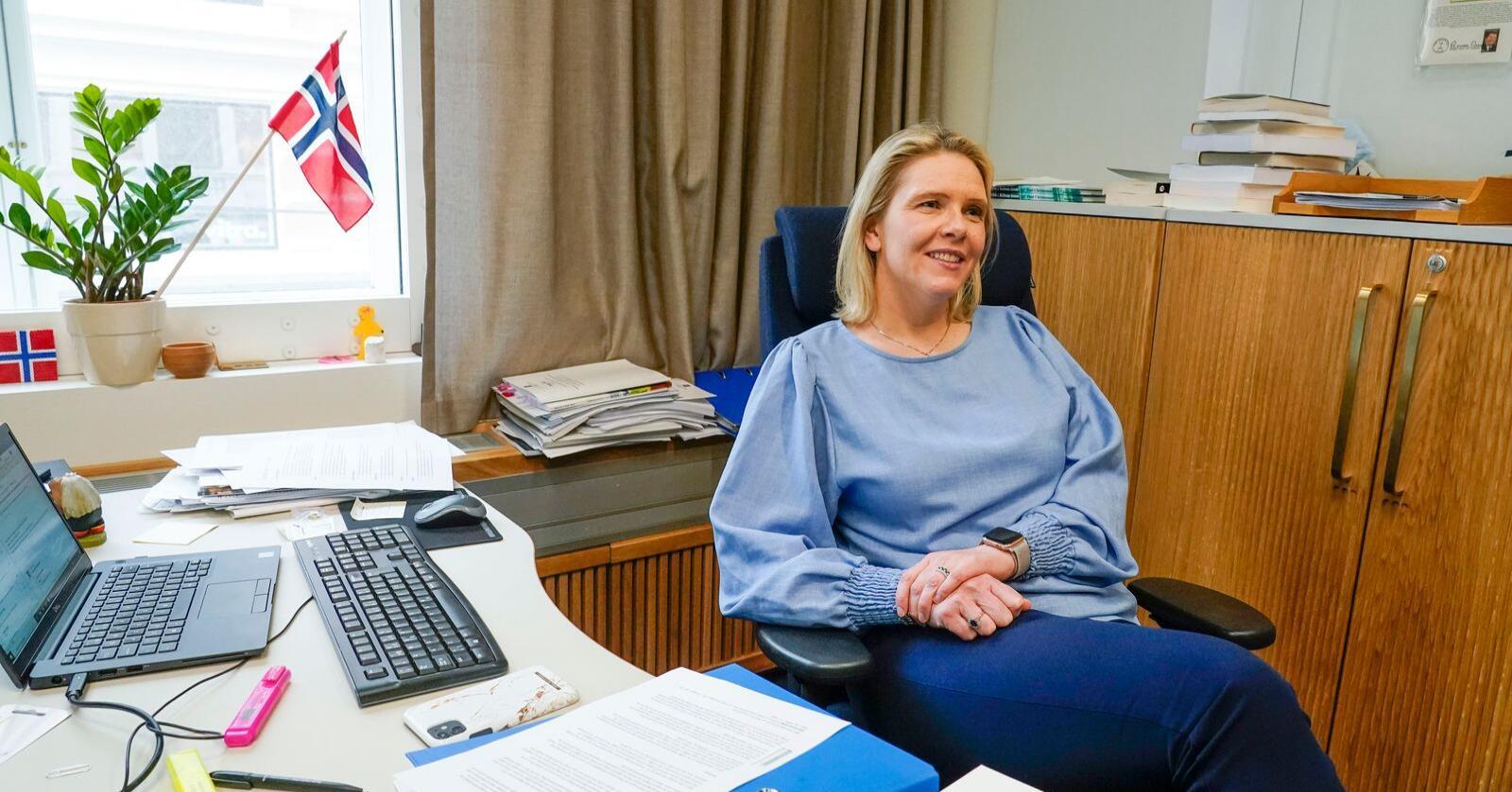 Protester i korridorene: Sylvi Listhaug har mest å hente som protestparti på Stortinget. Regjeringskontorene slet på partiet hennes. Foto: Lise Åserud / NTB