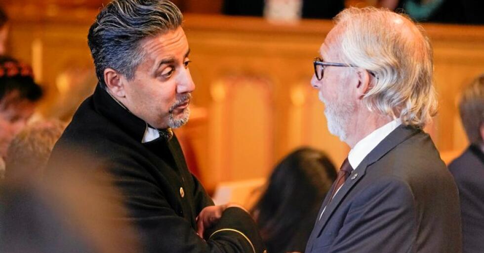 Venstre-duo: Venstre-politikerne Abid Raja og Carl-Erik Grimstad går til kamp mot regjeringens brillekutt. Foto: Terje Pedersen/NTB scanpix