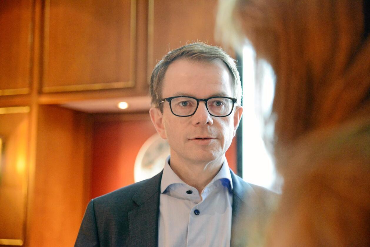 Distribusjon: Helge Hasselgård i Dagligvareleverandørenes forening (DLF) mener distribusjonsleddet må åpnes opp, i stedet for at hver kjede har sitt eget distribusjonsselskap. Foto: Siri Juell Rasmussen