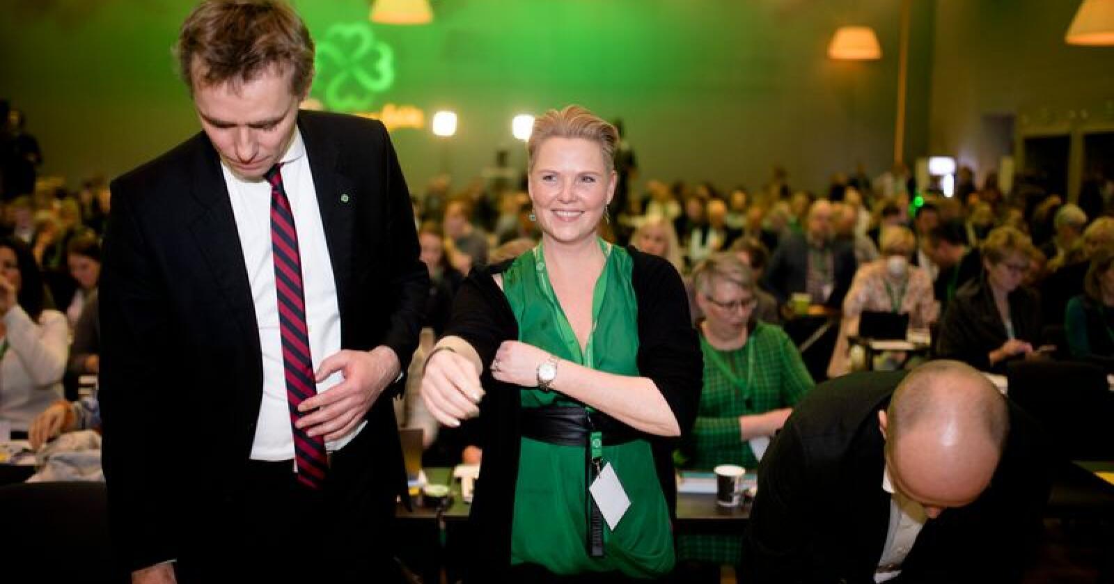 Anne Beathe Tvinnereim legger fram sin rapport om tillitsreform i offentlig sektor på helgens landsmøte i Senterpartiet, og håper det lokker ansatte i offentlig sektor til å stemme på partiet. Foto: Ole Martin Wold / NTB scanpix
