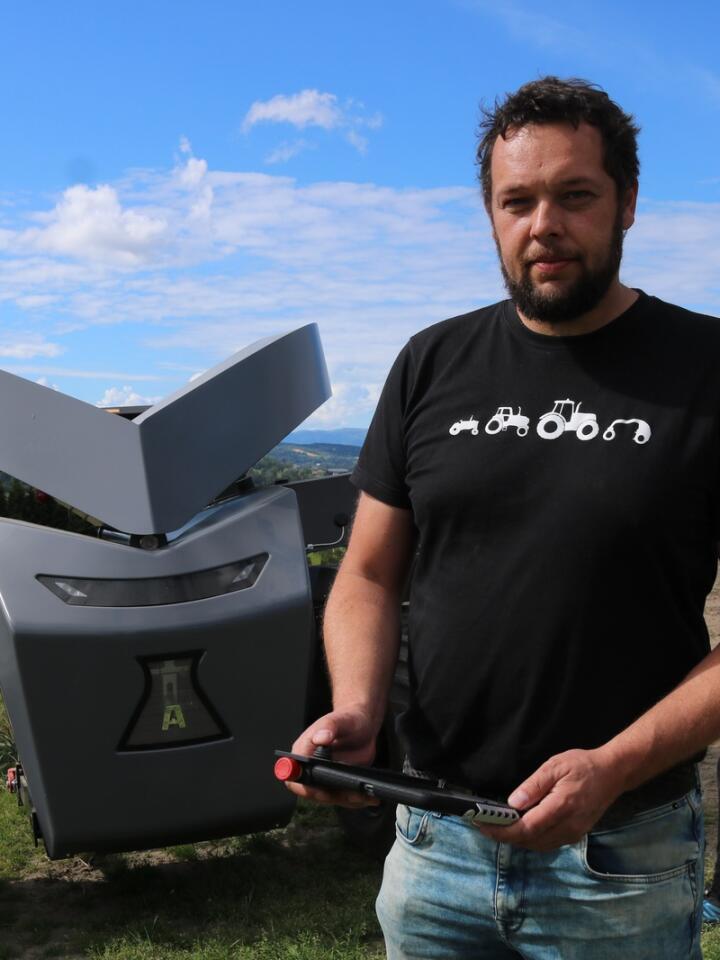 AUTONOM: Jostein Sandvik har ambisjoner om å erobre hele verden med den autonome Autoagrien.