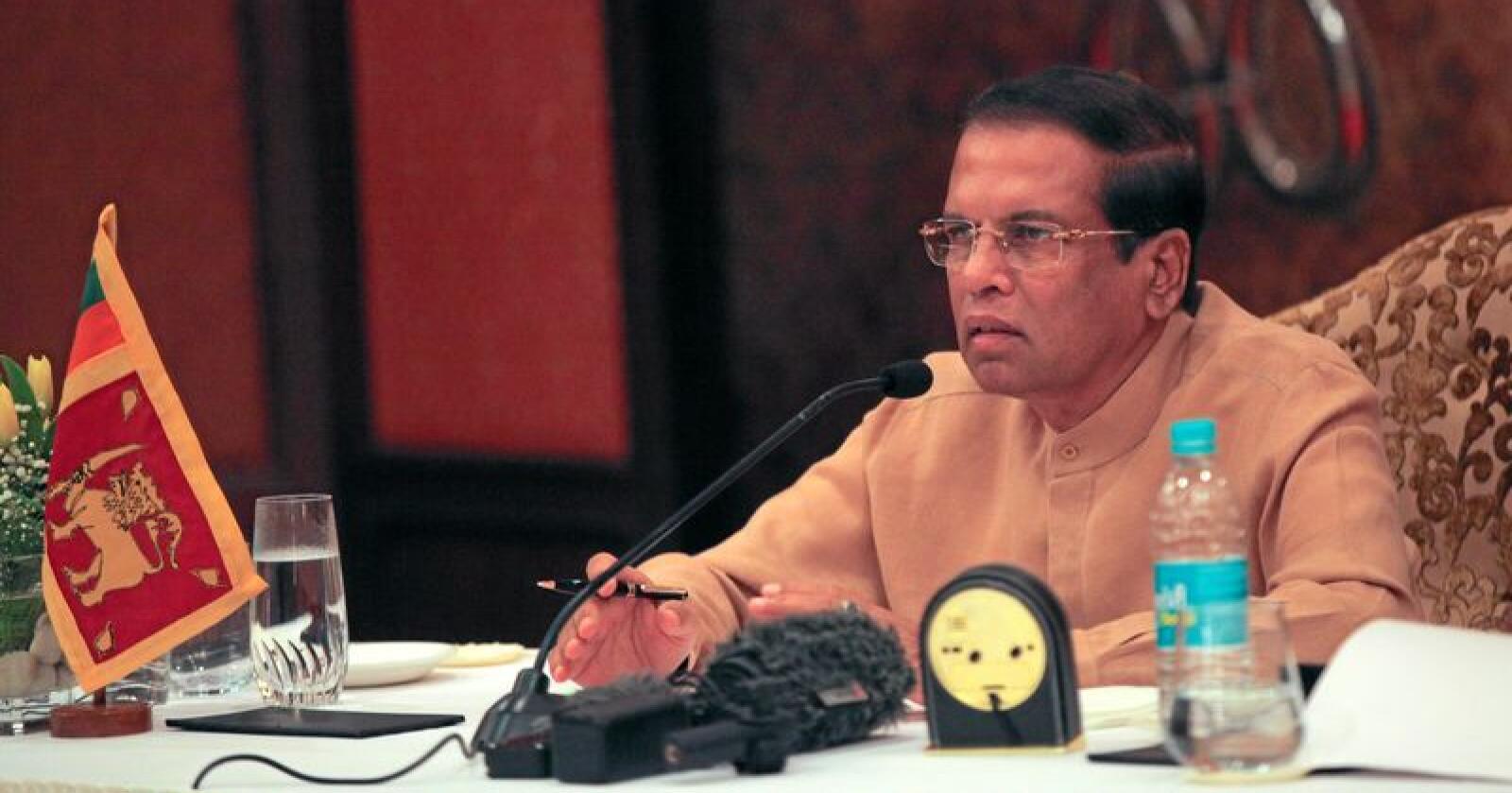 Sri Lankas president Maithripala Sirisena vil restaurere skogområder og forby hogst. Foto: AP Photo/Rishabh R. Jain/NTB SCANPIX