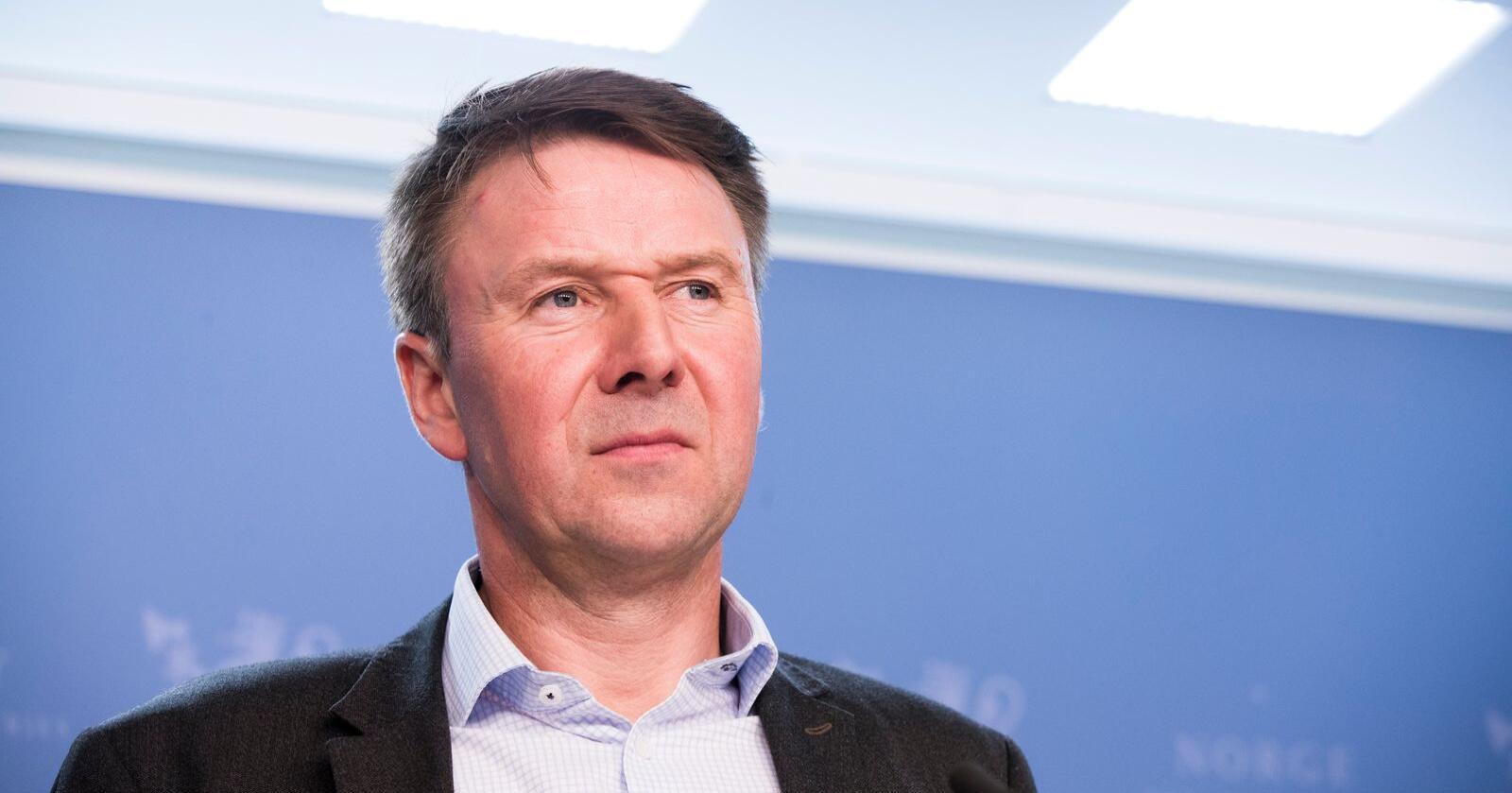 Bondelagsleder Lars Petter Bartnes er glad for at regjeringen nå har lagt fram en lov om god handelsskikk. Foto: Terje Pedersen / NTB scanpix