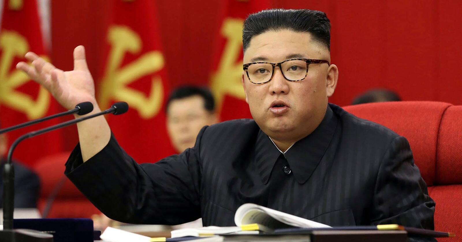 Nord-Koreas leder Kim Jong-un advarte denne uka partifellene om at landets matsituasjon er vanskelig. Foto: KCNA via AP / NTB