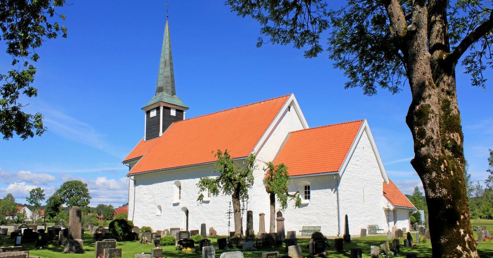 Middelalderkyrkje: Enebakk kirke i Viken. Foto: Øyvind Holmstad