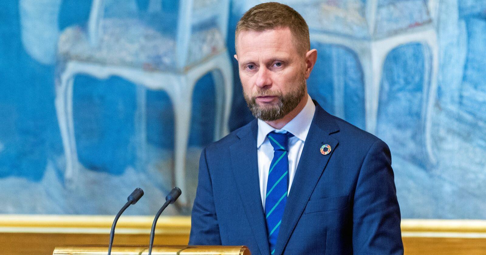 Enda en gang: Helseminister Bent Høie (H) redegjorde for Stortinget om situasjonen i luftambulansetjenesten onsdag. Foto: Gorm Kallestad / NTB scanpix
