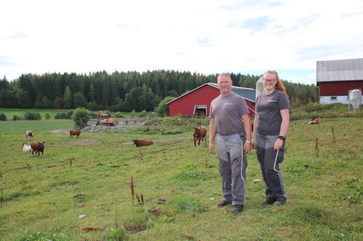 GENERASJONSSKIFTE: – Hadde Marthe sagt at hun ønsket å overta drifta av gården nå, hadde jeg gitt meg med en gang, sier Håkon.