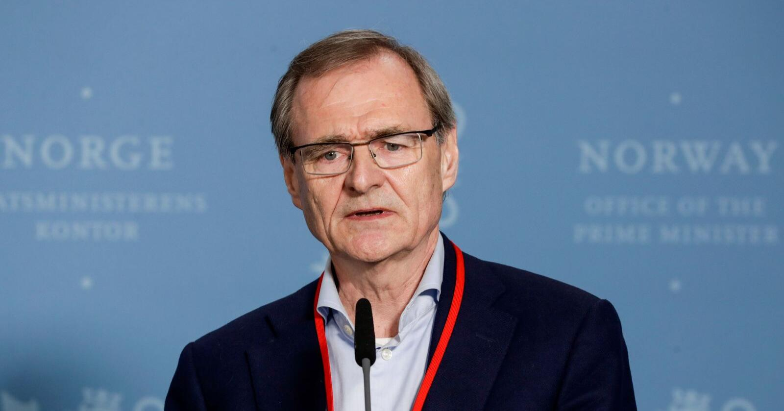 Lars Vorland la fram ekspertutvalgets rapport mandag. Foto: Berit Roald / NTB