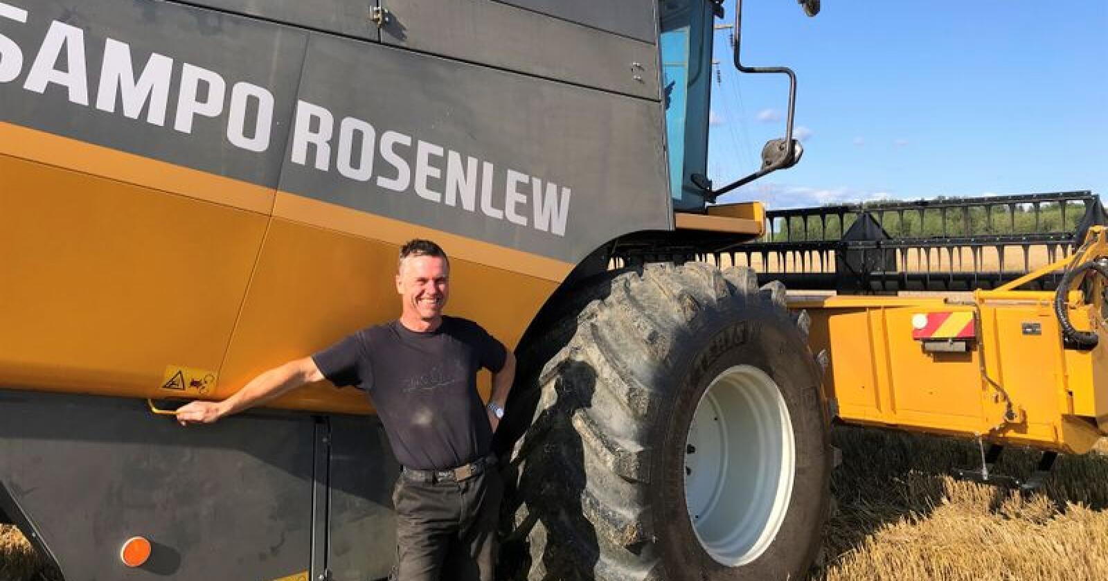 Knut Espen Hystad er glad for at årets avling leverer. (Foto: Dag Magnus Nielsen)