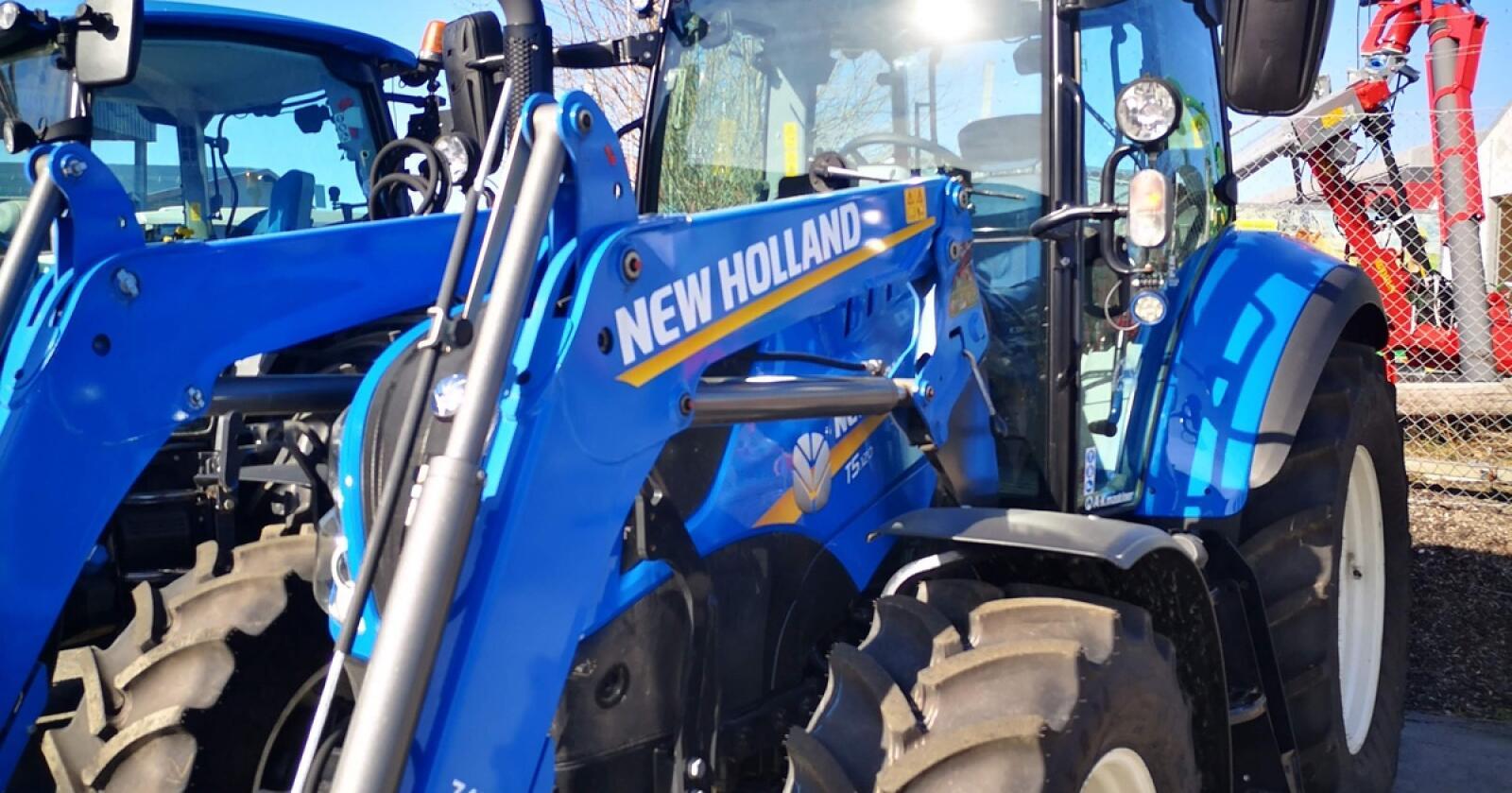 OEM: Stoll-lastere leveres blant annet som oem-opsjon til New Holland og Case IH traktorer. Nå er selskapet solgt.