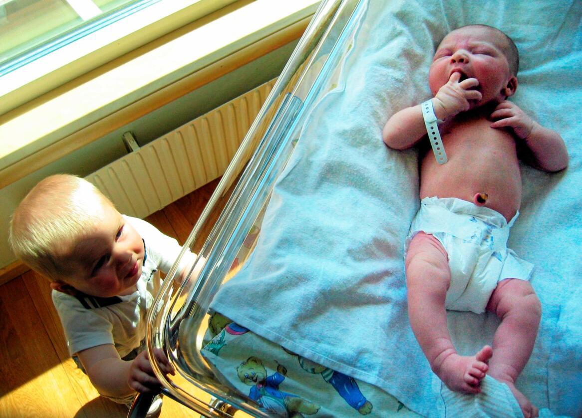 På tide å dra hjem?: Liggetidene på sykehus etter fødsel har gått kraftig ned. Nå skal de reduseres ytterligere.Foto: LIse Åserud/NTB scanpix
