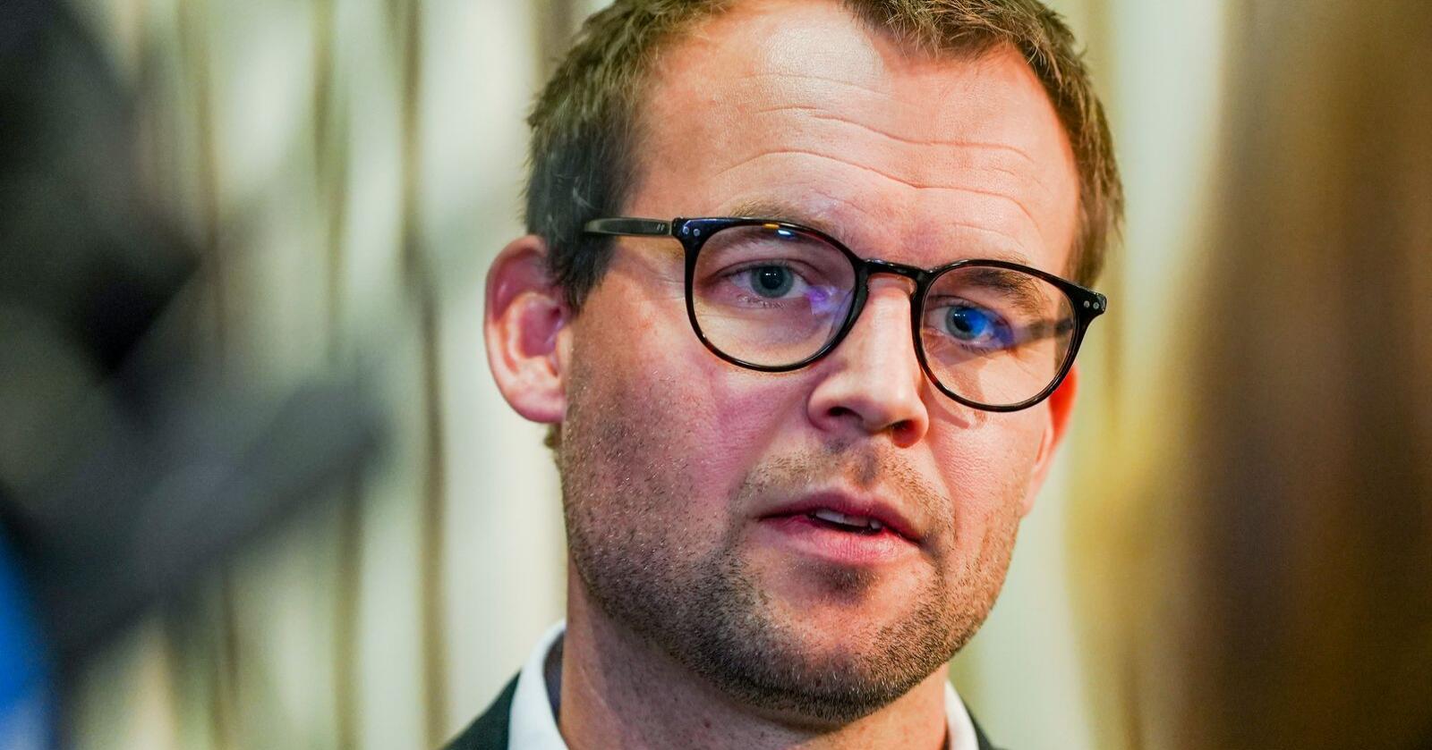 KrF-leder Kjell Ingolf Ropstad er i hardt vært etter Aftenpostens nye boligavsløringer fredag. Foto: Ali Zare / NTB