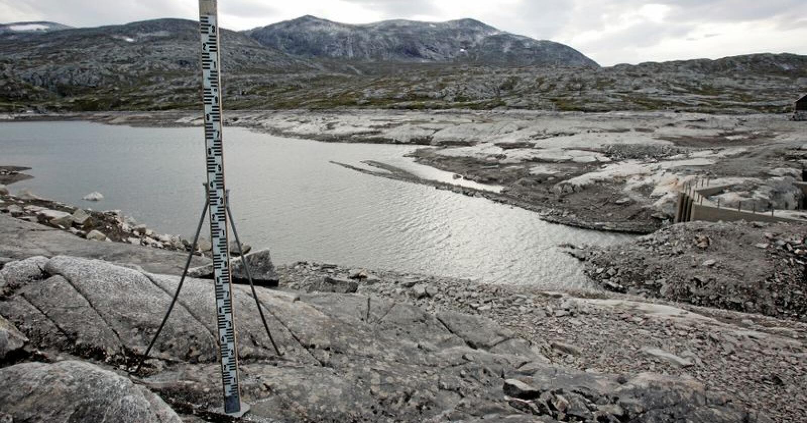 Tørt og dyrt: I fjor kom det 13 TWh mindre nedbør enn normalt. Det tilsvarer årsforbruket til 800.000 husstander. Foto: Gorm Kallestad/NTB scanpix