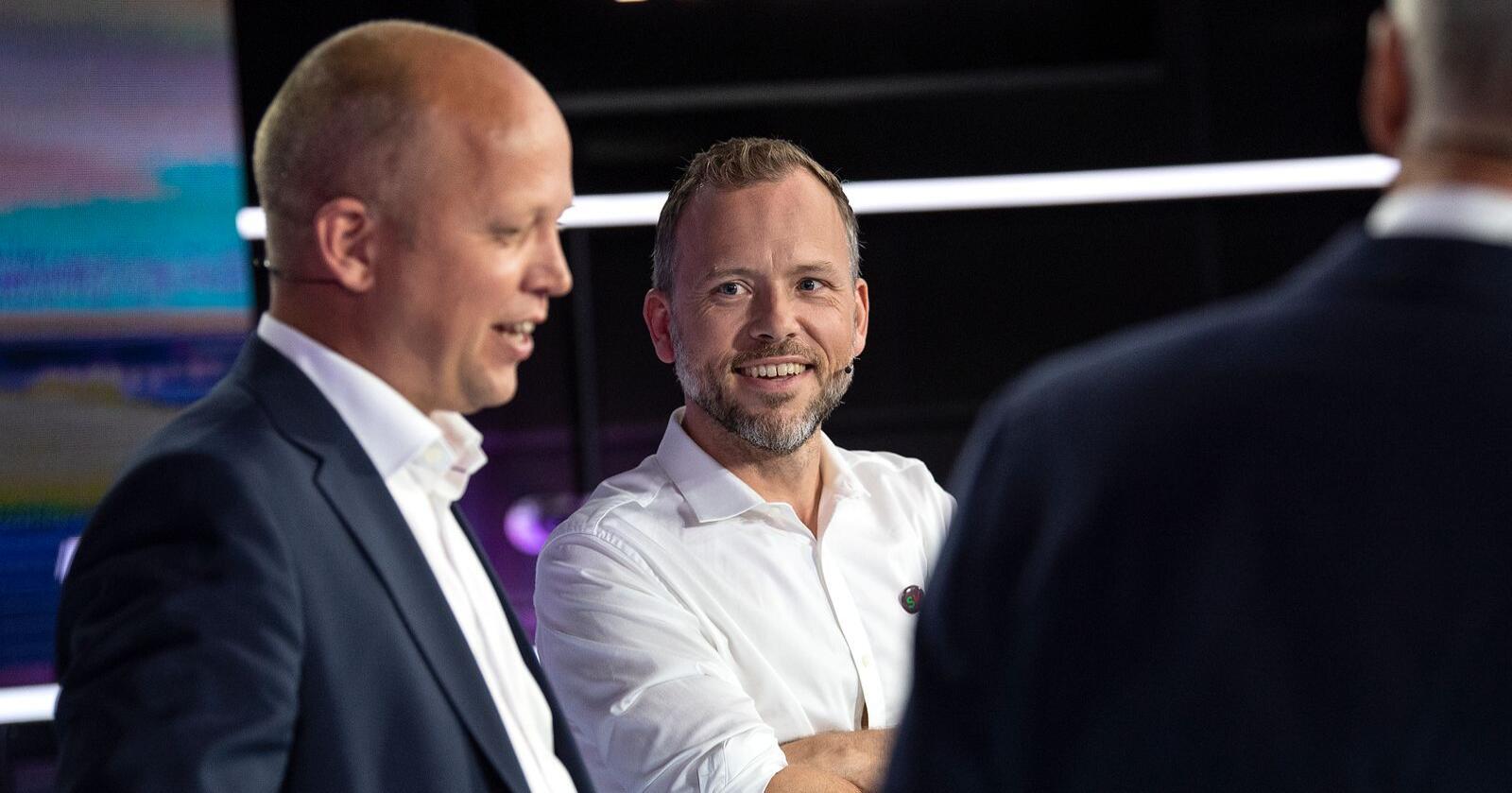 Sp-ordførere har blitt mer vennlig innstilt til Jonas Gahr Støres drømmeregjering, der også SV med Audun Lysbakken sitter ved Kongens bord. Foto: Marit Hommedal / NTB