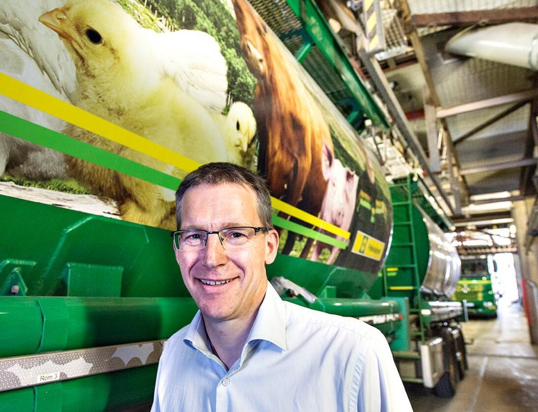 Norsk protein: Adm. dir. Knut Røflo i FK Fôrutvikling har gjennomført forsøk med kraftfôr til slaktegris med gjærprotein utvunnet fra norsk gran. (Foto: Felleskjøpet)