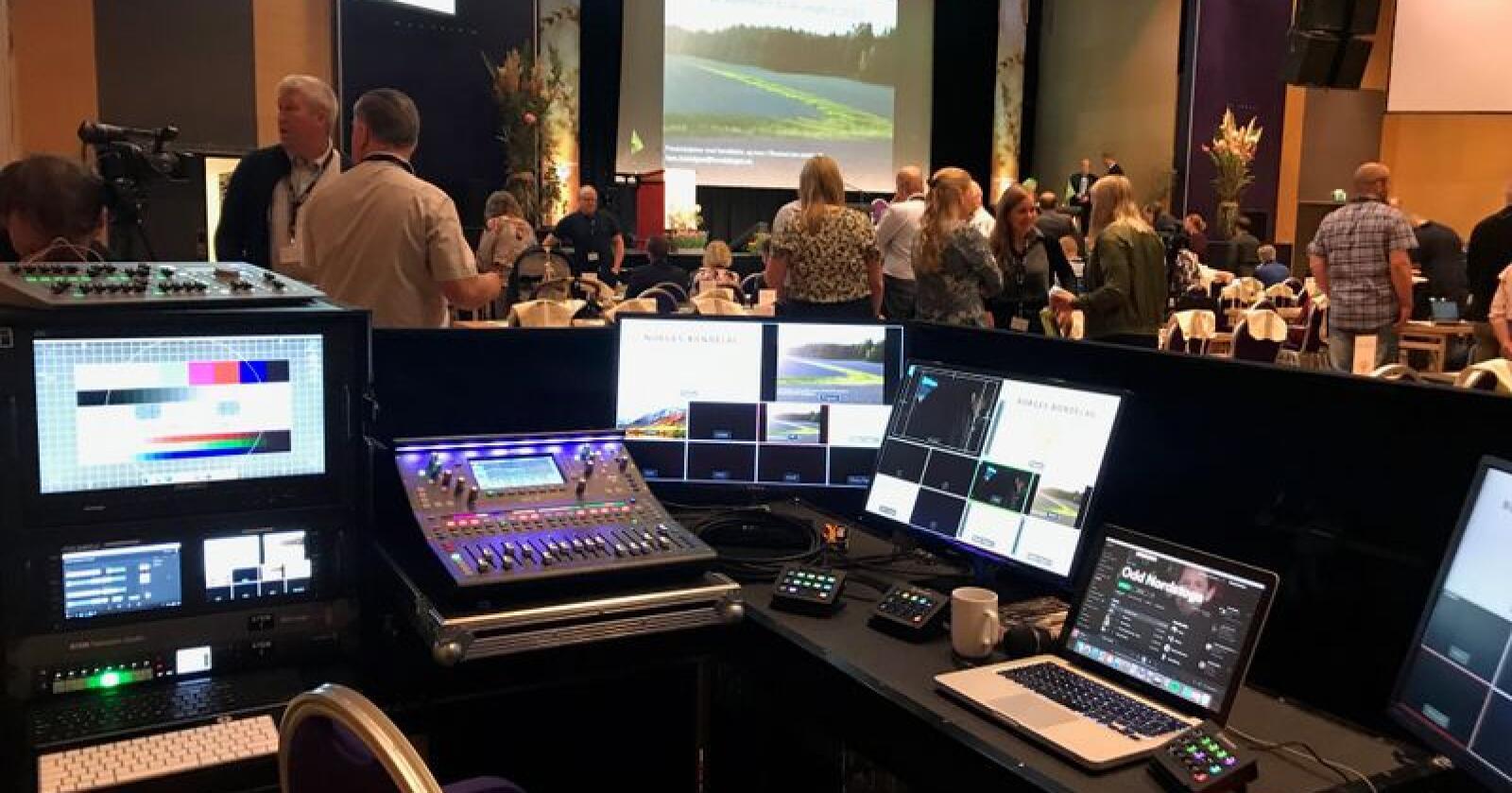 Onsdag og torsdag kan du følge direktesendingen fra årsmøtet i Norges Bondelag på Lillehammer