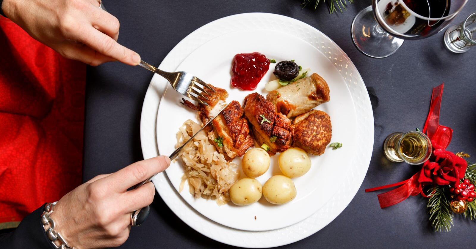 Det var mer populært med juletallerken enn vegetaralternativet på julebordet i Oslo Rådhus. Illustrasjonsfoto: Gorm Kallestad / NTB scanpix