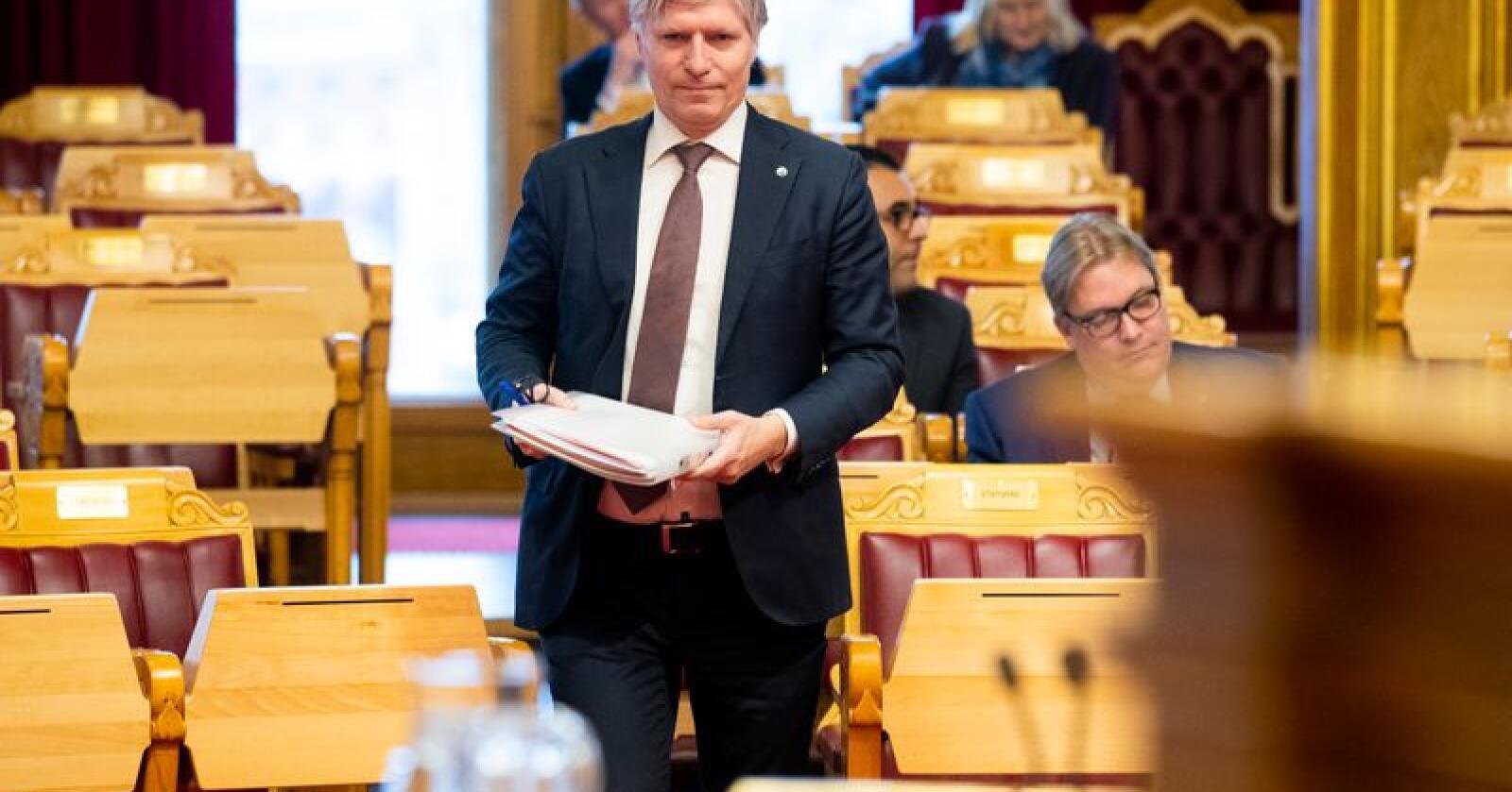 Klima- og miljøminister Ola Elvestuen (V) har hatt rovdyrklager til behandling. Foto: Håkon Mosvold Larsen / NTB scanpix