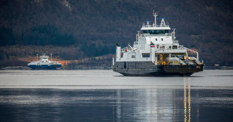 Nordland fylkeskommune dropper prisøkningen på fergereiser nå og innfører heller en sommertakst. Foto: Halvard Alvik / NTB scanpix
