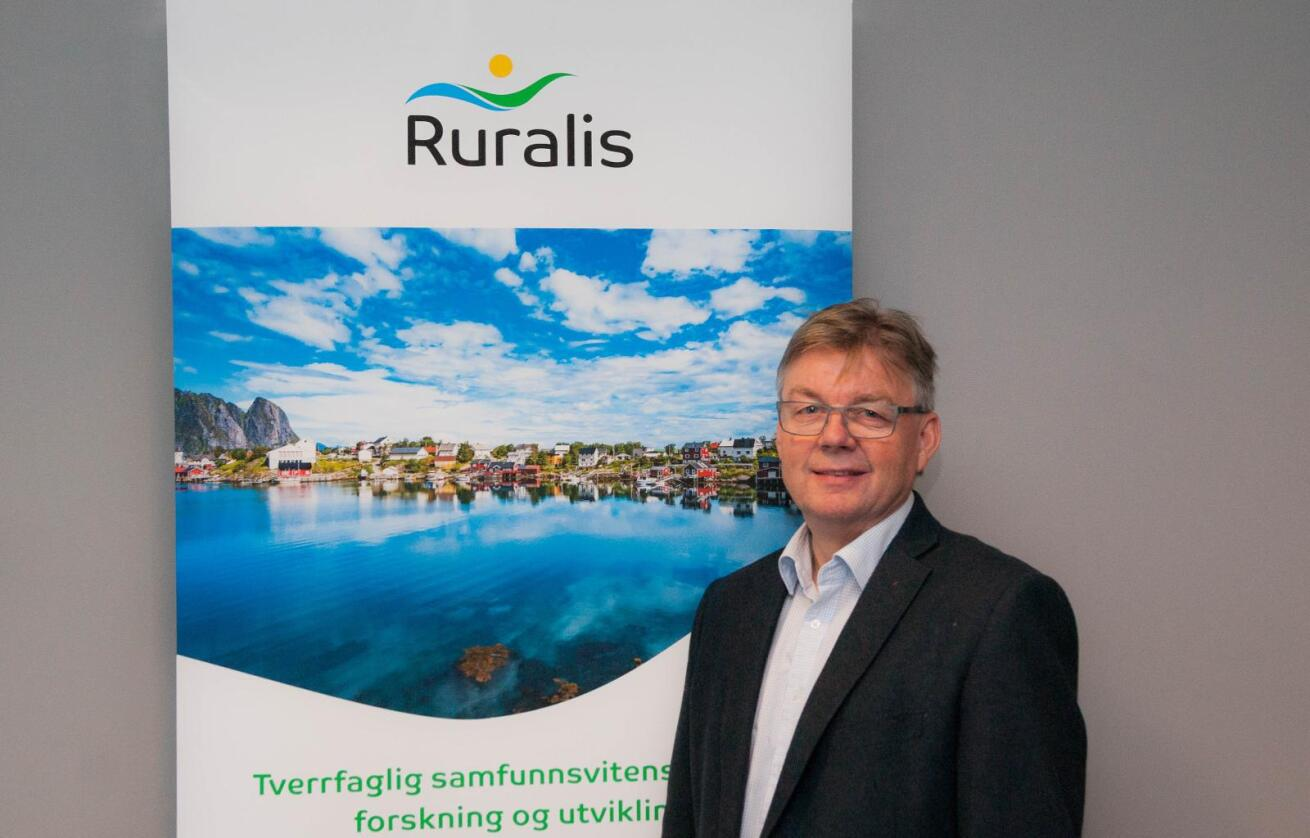 Navneskifte: Harald A. Lein skal ikke lenger være direktør for Bygdeforskning, men for Ruralis. (Foto: Ruralis)