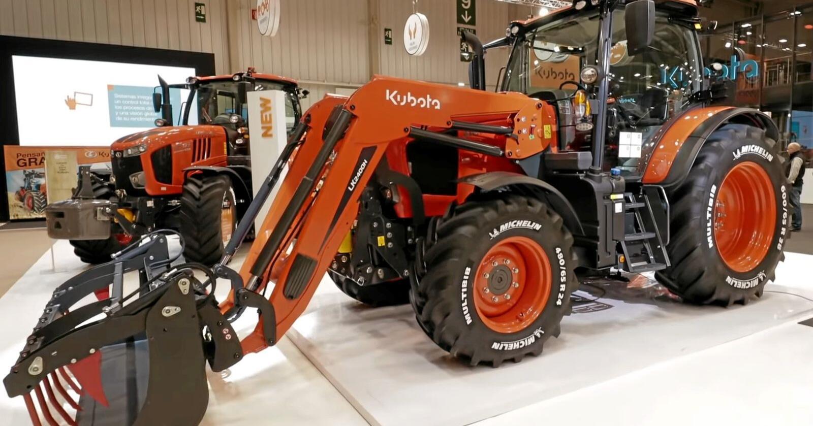 Helt siden 1890 har japanske Kubota drevet innovasjons- og produksjonsvirksomhet for landbruket. Siste nyhet på traktorfronten er den nye M6002 serien med effekt fra 121-141 hestekrefter. (Foto: Kubota)
