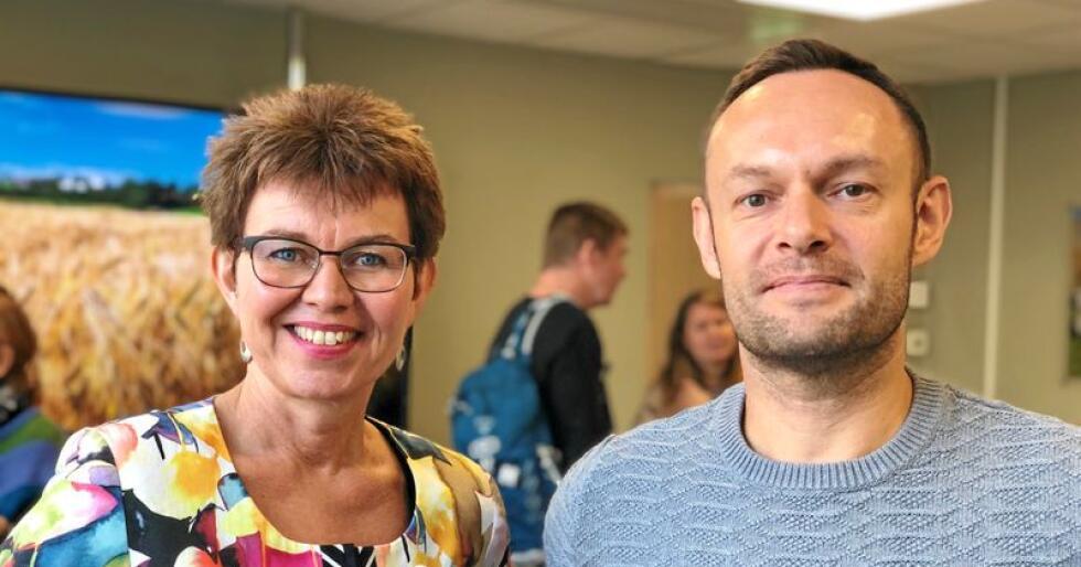 Kathrine Kleveland (Nei til EU) og Torgeir Knag Fylkesnes (SV) er glade for at Stortingets utredningsseksjon har konkludert med at EØS-avtala ikkje er gjensidig fordelaktig for EU og Noreg. Foto: Line Omland Eilevstjønn